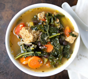 Kale, Quinoa, and Black Bean Soup